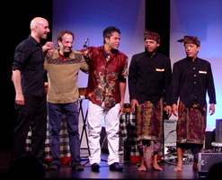 Dylan Johnson, Scott Amendola, I Wayan Balawan, I Nyoman Suarsana, and I Nyoman Suwida after their performance at OM 16