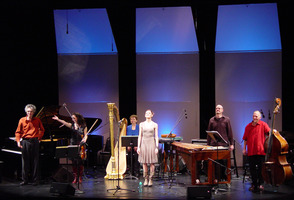 "Performers of Louis Andriessen's ""Letter to Cathy"" during the third concert of OM 16. (l to r) Eric Zivian, Monica Germino, Wendy Tamis, Cristina Zavalloni, Loren Mach and Richard Worn"