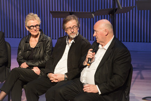 (l to r) Bibbi Moslet, Lasse Thoresen and Gavin Bryars during the first panel discussion of OM 21