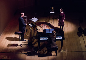 Meredith Monk and Vocal Ensemble during the third and final concert of OM 21. (l to r from center): Allison Sniffin, piano; Bohdan Hilash, woodwinds; Meredith Monk, voice