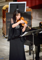 Yumi Hwang-Williams performing works by Isang Yun during the first concert of OM 22.