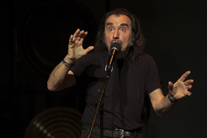 Enzo Minarelli performing during the first concert of OM 23